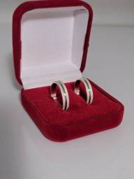 Título do anúncio: Fabricamos alianças em prata, ouro 18k e 16k