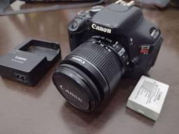 Vendo uma câmera Canon T3i