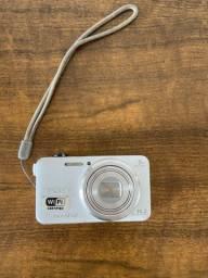 Máquina fotográfica Sony Cyber-Shot 16.2 / 8x zoom