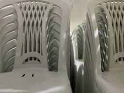 Chegou cadeira nova para restaurante no atacado