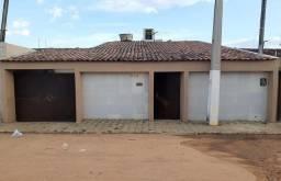 Casa com 3 dormitórios à venda por R$ 350.000 - Boa Vista - Garanhuns/PE
