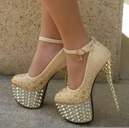 Sapatos importados TAM: 36