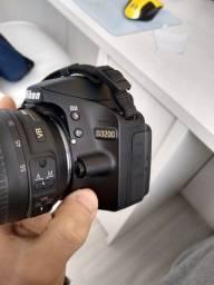 Câmera DSLR Nikon D3200 + Lente 18-55