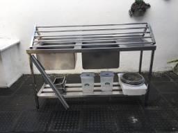 Kit Cozinha para Restaurante - Pia Inox + Escorredor Inox + Utensílios