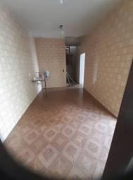 Título do anúncio: Casa com 3 Quartos e 2 banheiros para Alugar, 283 m² por R$ 3.500/Mês