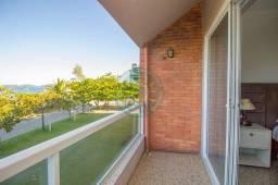 Título do anúncio: Casa de frente para a Praia de Quatro Ilhas - Bombinhas - EXCLUSIVO