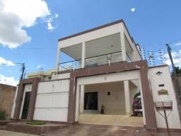 Marabá - Sobrado semimobiliado com piscina na rua Curitiba