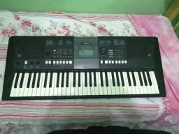 Teclado Yamaha- PSRE423