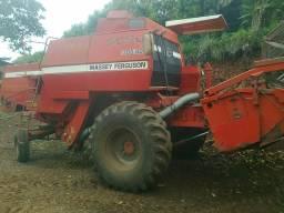 Colheitadeira MF 5650