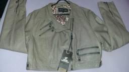 Vendi uma jaqueta de couro nova