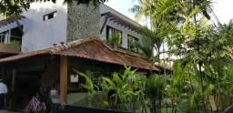 Casa em Aldeia - 4 Suítes 380m² em Excelente Condomínio