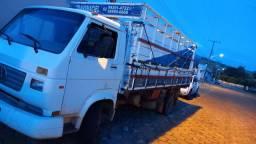 Caminhão 8 120 2002 todo revisado
