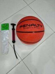 Bola de basquete e bomba