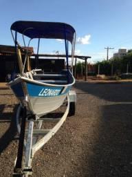 Barco , carreta e motor !