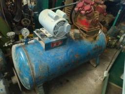 Compressor DOUAT