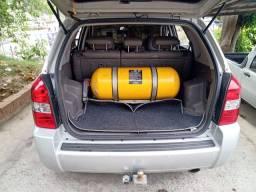 Vendo Tucson automática 2013 com GNV carro de mulher.