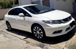 Honda Civic branco 2016 semi novo- 23.280 km