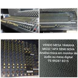Mesa de Som Yamaha mg32