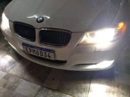 BMW 320i sem detalhes