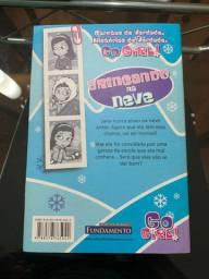 Livro infantil Brincando na neve