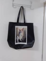 Bolsa estampa gato - usada poucas vezes.