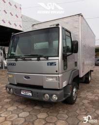 Ford Cargo 815 - Ano: 2002 - Baú VUC - Baixo Km
