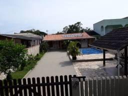 Alugo casa de praia com piscina em Ipanema - Pontal do Paraná