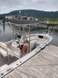 Barco Fishing 22 motor 200 Yamaha