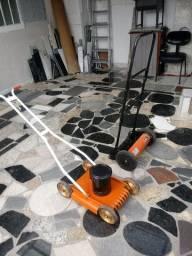 Duas maquina te cortar grama uma eletrica otra manual valor nas duas 580 reais
