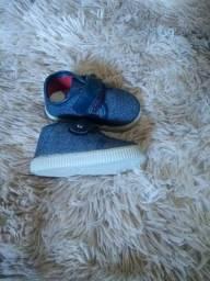 Sapato de bebê número 17