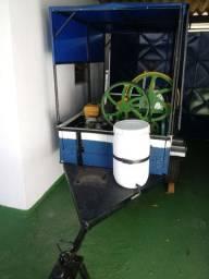 Vendo carrinho de caldo de cana com geladeira