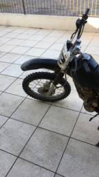 Moto de trilha 230cc