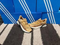 Tênis Esportivo Adidas