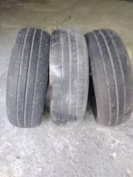 Título do anúncio: 3 pneus 15 por R$100,00