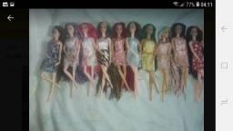 Lote de barbie 13 barbies customizadas articuladas