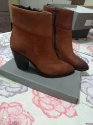 Sapatos novos bota 40 sandália 39