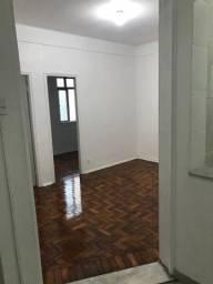 Alugo apartamento em Laranjeiras