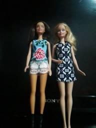 Vendo  lote de Barbie  preços variados