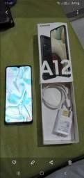 vendo um samsung Galaxy A12 muito novo também faço troco en outro celular