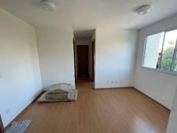Alugo apartamento em J. das Margaridas, 2/4, condomínio, R$ 1.400,00 incluso taxas!