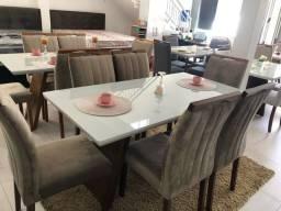 Título do anúncio: Mesa com vidro e 6 cadeiras de madeira de eucalipto