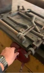 Máquina para fazer carcaça