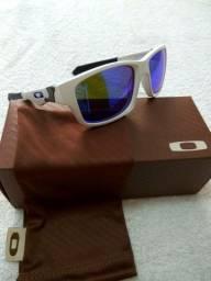 Óculos de sol Oakley Júpiter