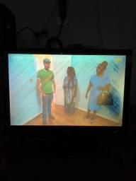 Vendo tv 22 polegadas leia as informações