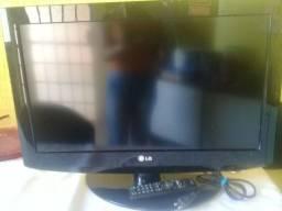 Título do anúncio: Vendo TV LG duas entradas HDMI