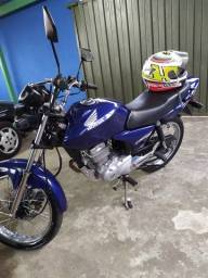 Título do anúncio: Vendo Titan 150 2005 2 dono moto procedência moto apena 61km zera