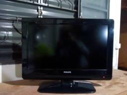 "TV Philips LCD 26"" usada"