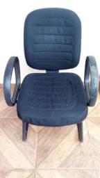 Cadeira p escritorio.