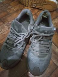 Tênis Nike shokx cinza original