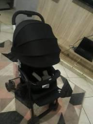 Vendo Carrinho De Bebê Ohlala 2 por R$ 500,00